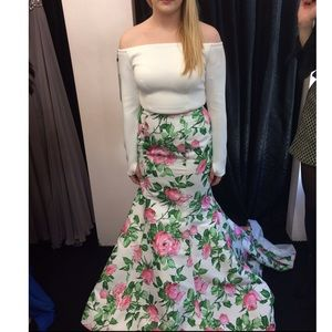 Sherri hill never worn two piece floral prom dress